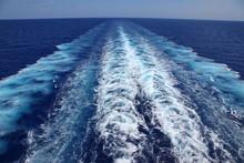 Kondenzstreifen Im Meer