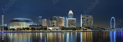 Tuinposter Singapore Skyline of Singapore at night