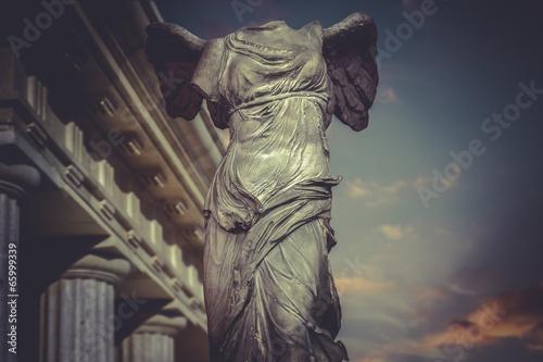 Zdjęcie XXL Victory of Samotracia, grecka rzeźba