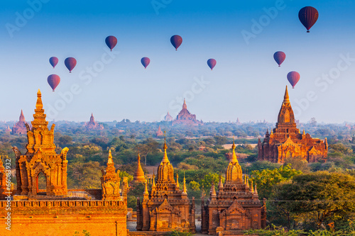 temples in Bagan, Myanmar Canvas Print