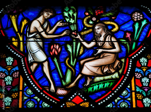 Fotografía  Adam and Eve in the Garden of Eden - stained glass