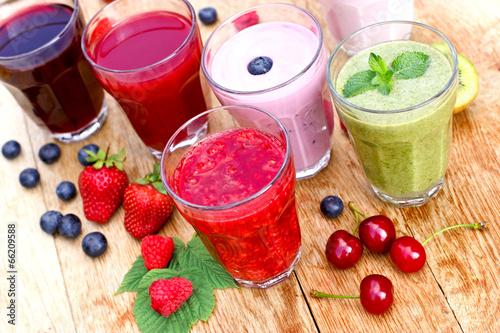 Fototapety, obrazy: Healthy organic drinks