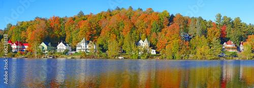 Fényképezés  Fall foliage and reflection in Saranac Lake, New York