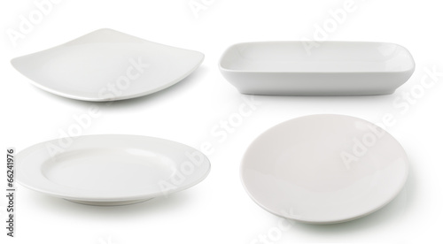 Photo  white  ceramics plate isolated on white background