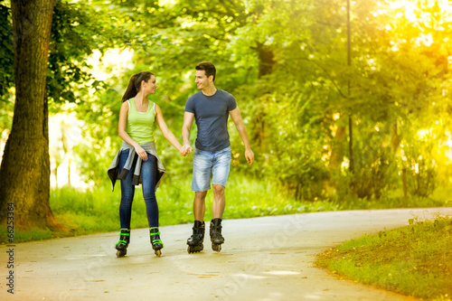 Stampa su Tela Lovers in nature on rollerblades