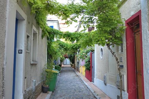 Fototapeta Petite rue parisienne