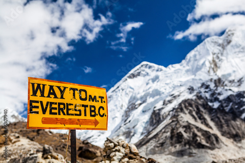 Photo Mount Everest signpost Himalayas