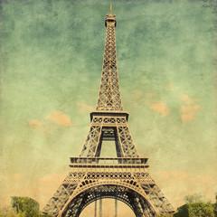 FototapetaGrunge image  of  Eiffel Tower.