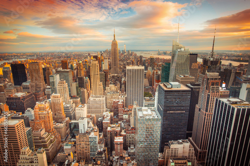 Sunset view of New York City looking over midtown Manhattan Canvas Print