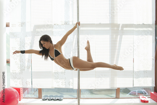Photo  pole dance