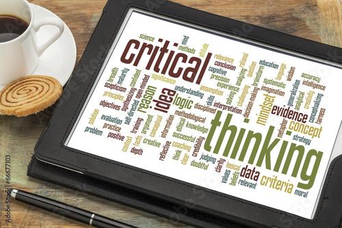 Fotografía  critical thinking word cloud