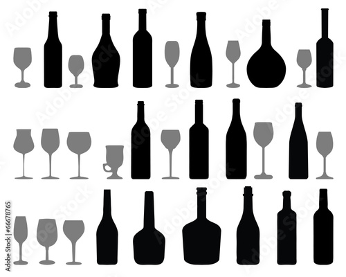 Fotografia  Silhouettes of glasses and bottles of wine, vector