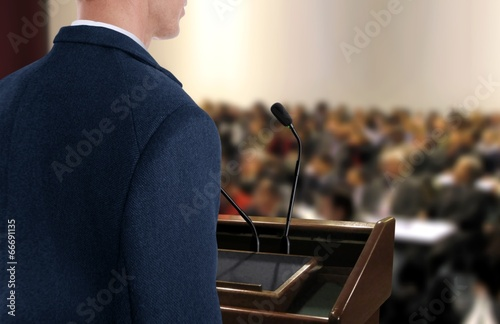 Obraz Speaker at Seminar Presentation - fototapety do salonu