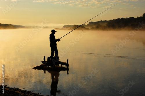 Staande foto Vissen Рыбак