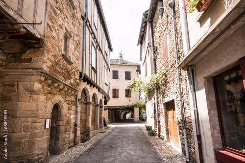 Acrylic Prints Narrow alley Ruelle à Sauveterre de Rouergue, Aveyron
