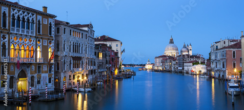 La pose en embrasure Venise Panoramic view of the Grand Canal