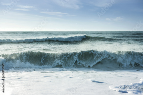 Spoed Foto op Canvas Water Breaking ocean waves
