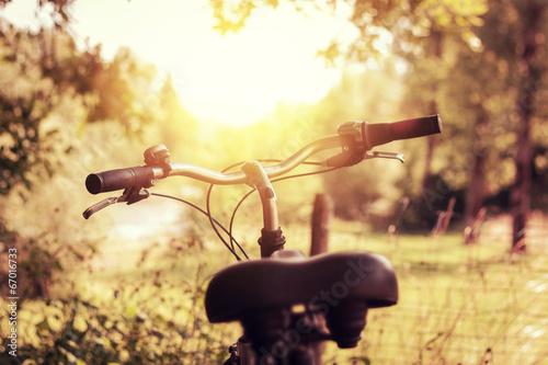 Deurstickers Fiets Fahrrad im wunderschönen Sonnenlicht