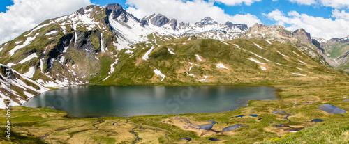 Fototapeten Natur Lago-Venney panorama,Italië