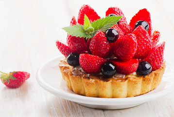 Obraz na Szkle Do baru Fresh berry tart