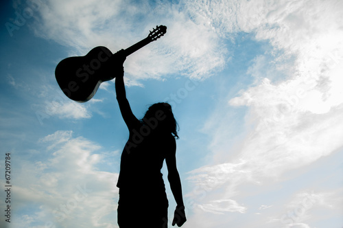Photo  the guitarist and his passion for music