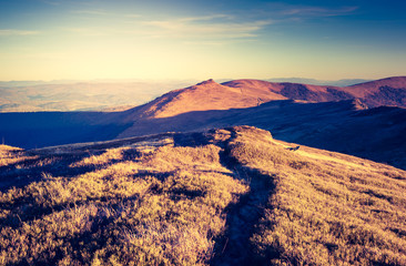 Panel Szklany Podświetlane Vintage retro mountain landscape