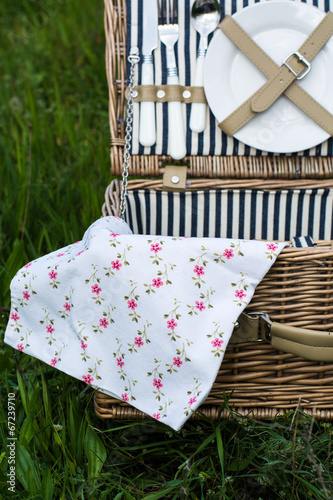 Spoed Foto op Canvas Picknick picnic basket stock photo