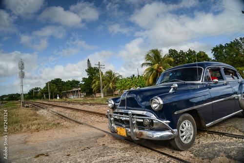 In de dag Havana old car on street in Havana Cuba
