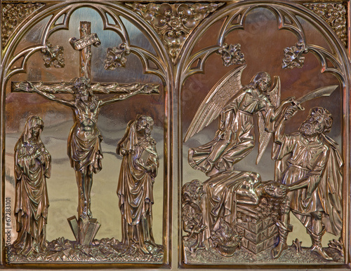 Foto  Bruges - Crucifixion and the Offer of Abraham metal relief