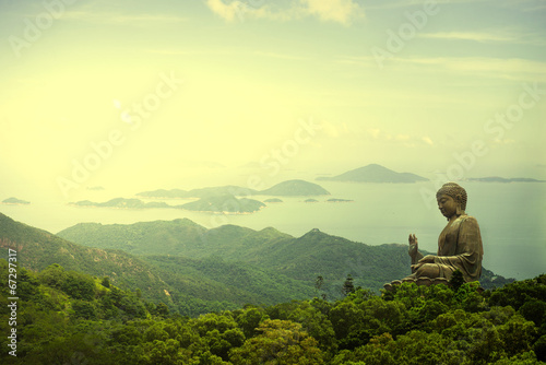 Photo Hong Kong, Lantau Island Giant Buddha of Po Lin Monastery with b