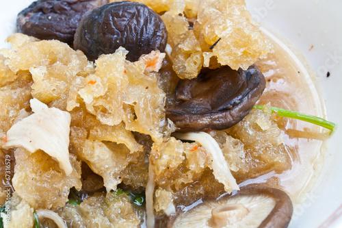 Photo Stir Fried Fish Maw with Shiitake Mushroom