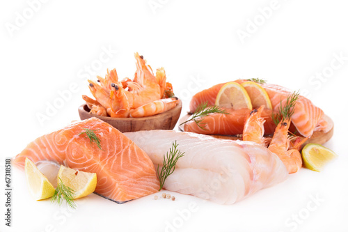 La pose en embrasure Poisson assortment of raw fish