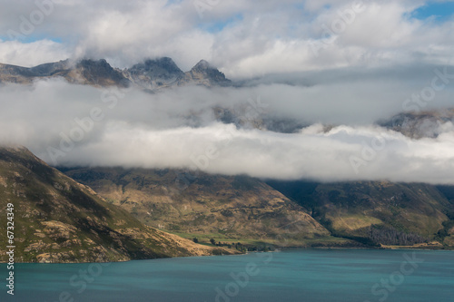 Poster Nouvelle Zélande clouds inversion above lake Wakatipu in New Zealand