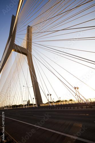 nowoczesny-most-wroclaw