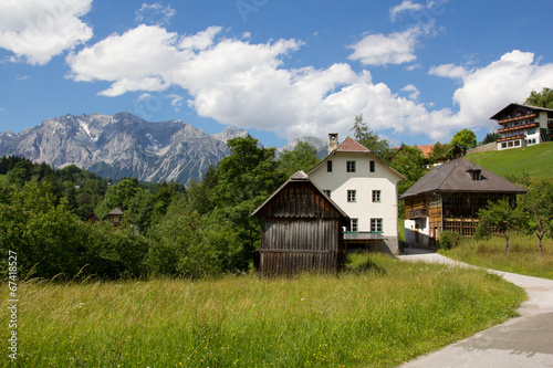 Foto op Aluminium Grijze traf. Wandern in Schladming - Dachsteinblick
