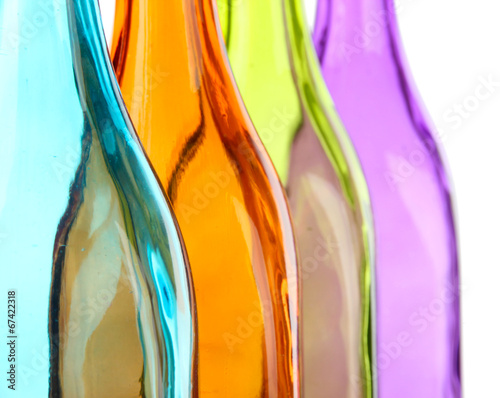 kolorowe-butelki-z-bliska
