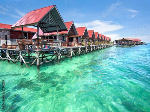 Fotografía  Bungalows on Mabul Island, Sabah, Malaysia