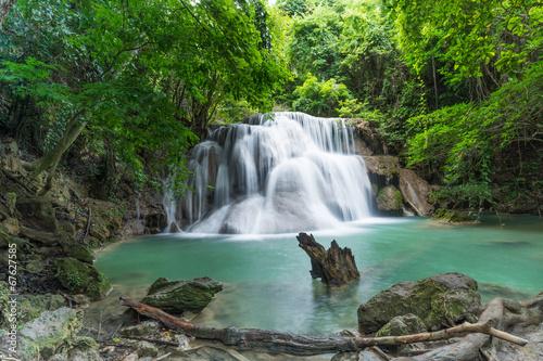 Fototapeten Wasserfalle Attractive waterfall in rainforest
