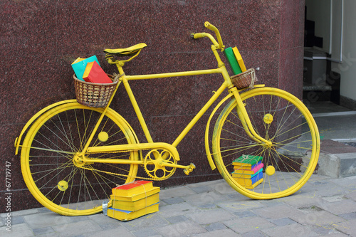 Aluminium Prints Bicycle Yellow book bicycle