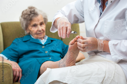 Tuinposter Pedicure Chiropody
