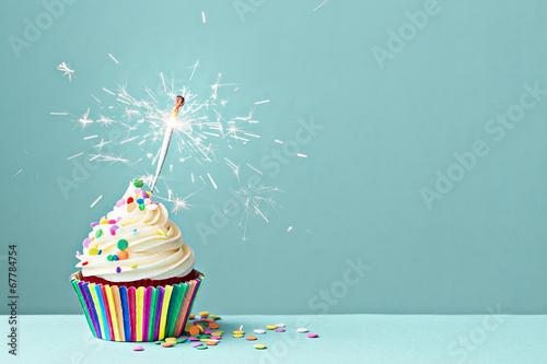 Cuadros en Lienzo Celebration cupcake with sparkler