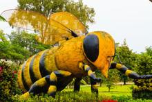Big  Bee Statue, Thailand