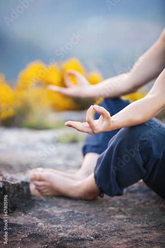 Keuken foto achterwand Ontspanning Close up of female hand zen gesturing
