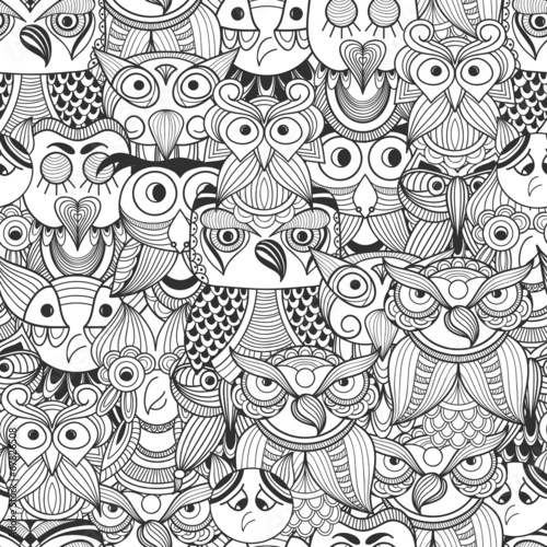 vector-seamless-pattern-with-doodle-owls