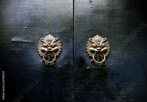 Photo  Oriental ancient architecture knocker