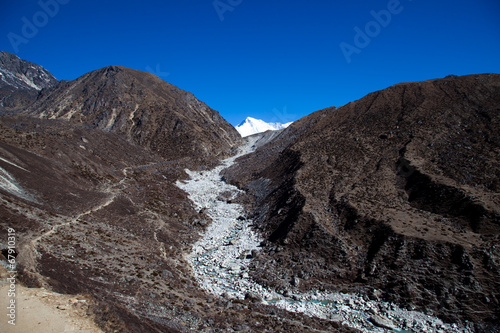 Photo  Trail to Everest base camp