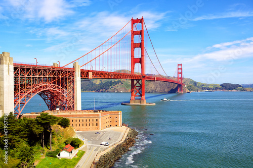 Fotobehang San Francisco Golden Gate Bridge and Fort Point, San Francisco, US