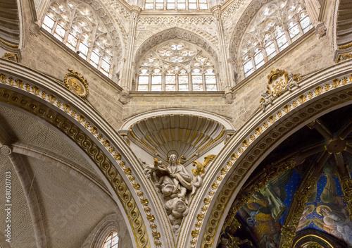 Plakat Wnętrze katedry w Walencji, Hiszpania