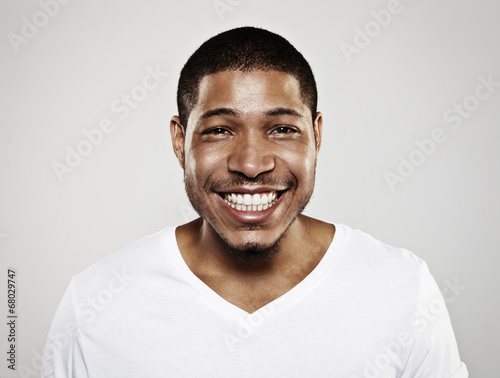 Fototapeta portrait of a smiling young man obraz