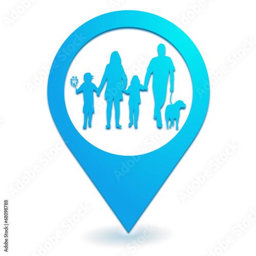 Photo  famille sur symbole localisation bleu